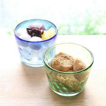 ガラスのそば猪口やぐい吞みは、スイーツの盛り付けにも活躍!アイディア次第で活用方法も広がる、そんな素敵なガラス食器をご紹介します。