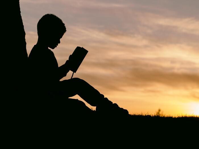 夏になれば思い出す。今、子どもと読みたい「課題図書」15選