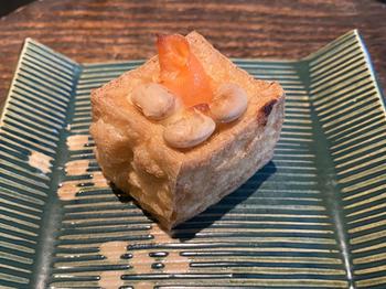京懐石料理がいただける懐石カフェ・蛙吉(アキチ)ですが、かしこまった雰囲気は全く無く、お友達や家族と気軽に訪れることができます。懐石メニューは定期的に変わるので、事前にお店のホームページで確認しておくとよいでしょう。