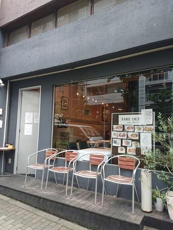 神楽坂駅と江戸川橋駅、どちらからも歩いて5分ほどの「ピアッティ カステリーナ」は、人気イタリアンレストランです。