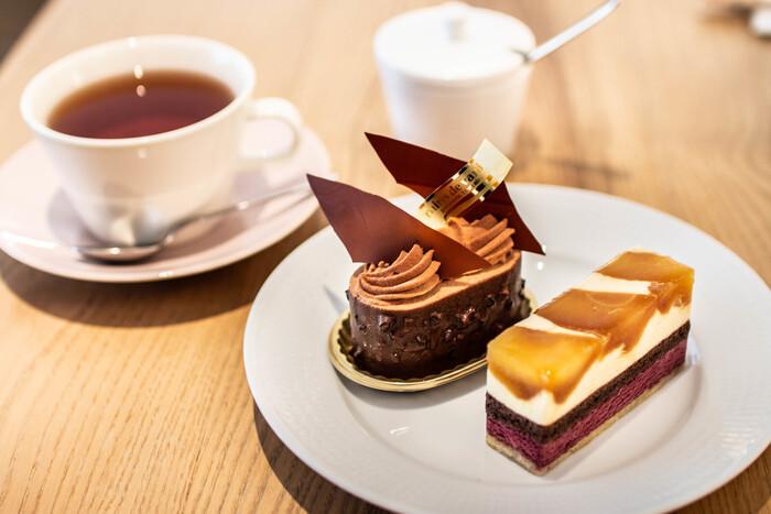 京都で大人気のケーキ屋さん、「グラン・ヴァニーユ (grains de vanille)」。パリ有名店での経験を活かした絶品スイーツをいただけます。一つ一つが美しいケーキは、つい食べるのが勿体なくなるほどです。