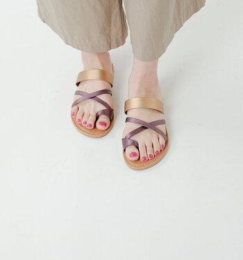 夏の足元はこれで決まり!今季おすすめの「おしゃれサンダル」