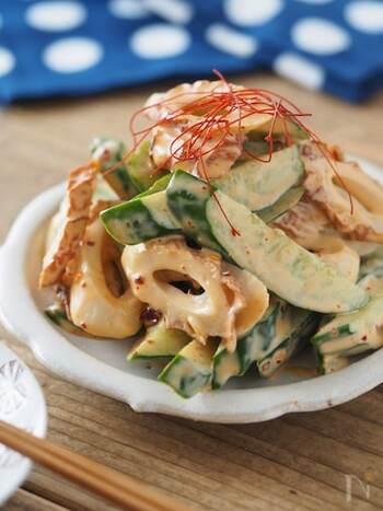 材料5つで作ることができる簡単レシピ。マヨネーズがラー油の辛さをマイルドにしてくれるので食べやすく、副菜だけでなくおつまみにもおすすめです。