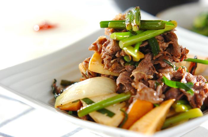 お野菜たっぷりの栄養満点、お腹も満足の一品。ニンニクの芽が入っているから、スタミナもつきます。