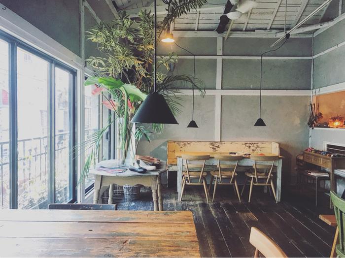 浅草でイタリアンなら、浅草駅から徒歩約10分の路地裏にある「カフェ オトノヴァ」へ。古民家をリノベーションしたおしゃれな店内は、まるで隠れ家のよう。みんなには秘密にしておきたい、とっておきのお店になりそうです。
