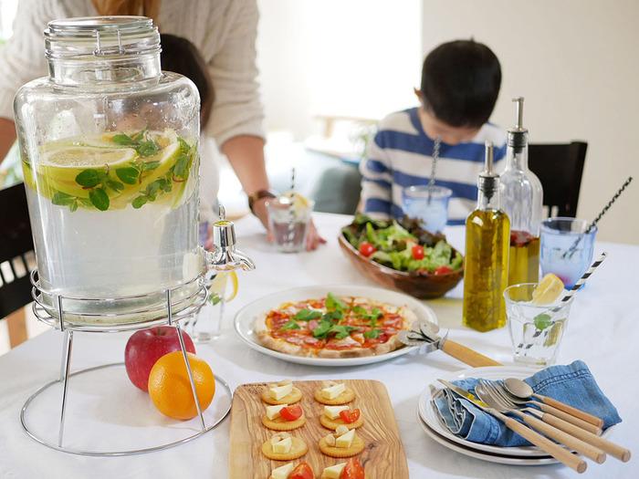 暑い季節の水分補給。家族からの「お茶ちょうだい」はセルフサービスで解決!