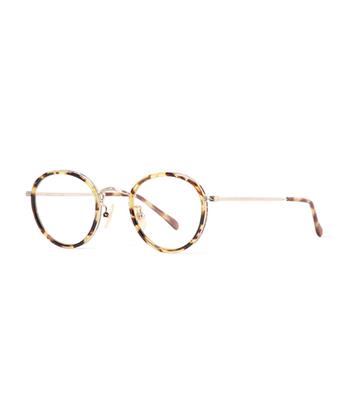 ジャパニーズトラディショナルなデザインは、俳優やミュージシャンたちの間でも愛用する方が多く、一流のメガネブランドでありながらも手に入れやすい価格帯も魅力です。