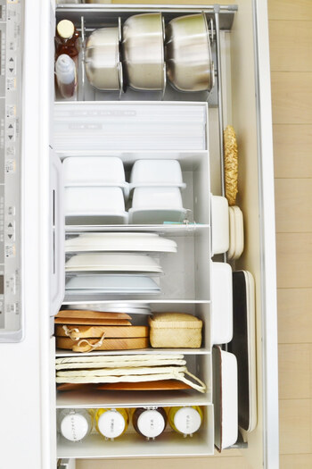 書類以外の使い方として、様々な収納スペースで活用している方も多いです。特に無印良品のファイルボックスは、ブロガーさんたちの必需品。リビング、ダイニング、寝室、キッチン、お風呂、洗面台、あらゆるところで活躍してくれます。