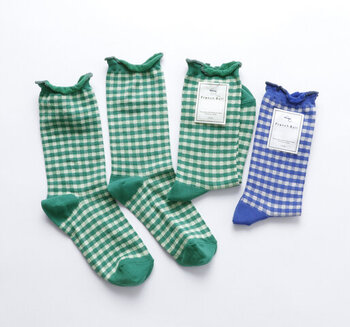 お洒落な【靴下】を上手に履きこなす「3つ」のパターン&秋コーデ集