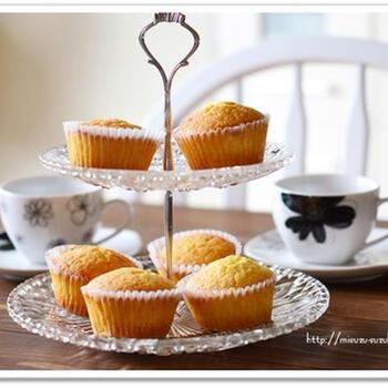 はちみつレモン酢を使うことで、爽やかな酸味が楽しめる甘さ控えめのカップケーキができます*紅茶等にもよく合うので、ティータイムのお供にいかがでしょうか。