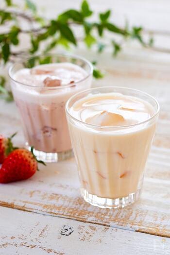 耳にするだけで一気に子供時代に引き戻されるような「ミルクセーキ」は、汗ばんだ昼下がりにゴクゴク飲みたい懐かしのドリンク。  「牛乳+はちみつ+卵」が基本の材料で、お好みでフルーツなどを入れても◎。はちみつを減らしてジャムを入れれば、さらにお手軽にお好みのフルーツ味にできますね♪