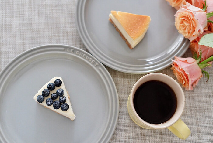 「ニューヨークチーズケーキ」や「ブルーベリーの生クリームチーズケーキ」なども人気。現在はテイクアウトのみなので、自分へのご褒美や手土産にいかがでしょうか?