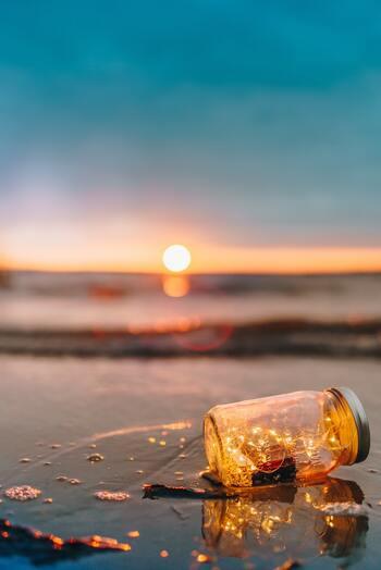 年齢を隠さず、凛と輝ける40代を目指して。「人生の黄金期」を幸せに生きるヒント