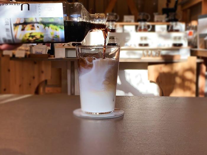 砂糖が使われていないので「シロップ」ではありませんが、ミルクや豆乳で割ってもOK。1本600mlで20~30杯いただけて、お得感があるのもうれしいですね。
