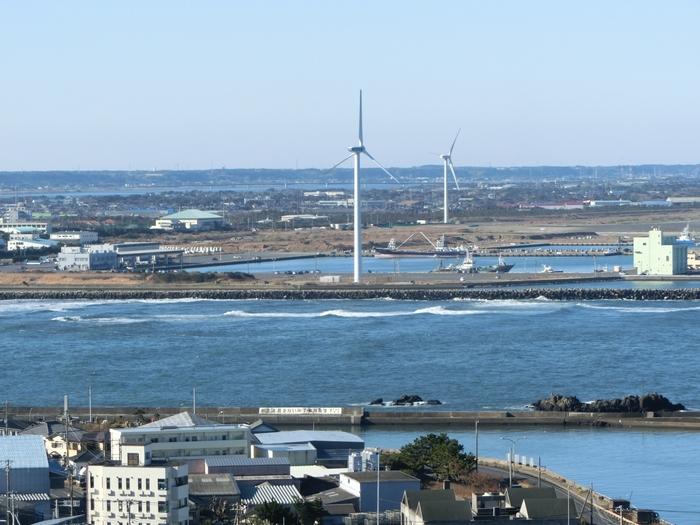 太平洋に利根川が流入するところも見ることができますよ。展望台から一望すれば、海と川に囲まれる銚子の魅力や自然を、より身近に感じられるのではないでしょうか?