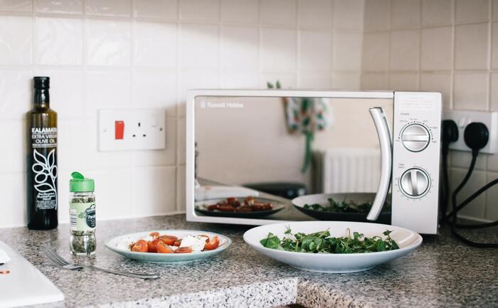 暑い日に助かる【火を使わない簡単レシピ】メイン、副菜、デザートまで