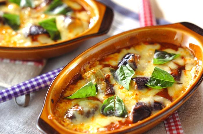 市販のミートソースで作る簡単グラタンはまるでギリシャ料理のムサカのよう!チーズたっぷりで召し上がれ。