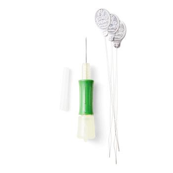 フリーステッチングをするための専用の針です。糸通しも専用の物を用意します。一般のものでは使えないので要注意です。