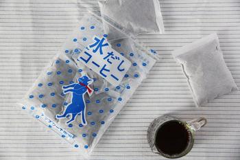 猫のイラストがかわいらしい水出しコーヒーのパックです。マイルドですっきりした味わいは、夏に楽しむのにぴったりなブレンドです。