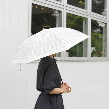 392|T/C parasol MINI(晴雨兼用/日傘)  シンプル派さんにおすすめの柄あり傘。地の色と柄のコントラストが低いので、コーデに馴染みます。
