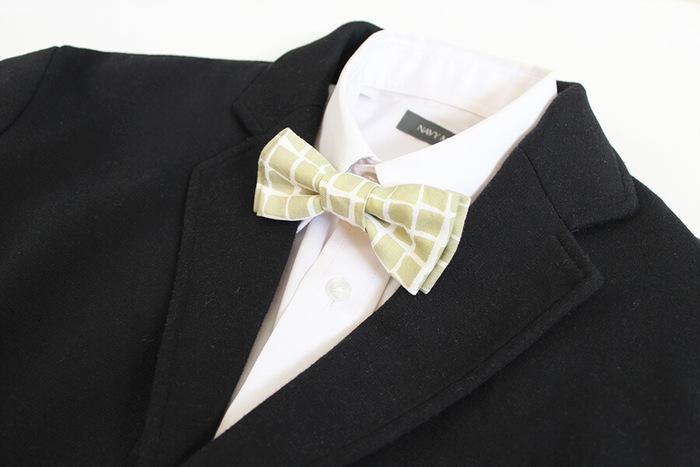 アイロンでネクタイの形に整え、あとはゴム紐でとめるだけ。可愛いネクタイが約15分ほどで完成します。ポイントは、アイロンがけをしっかりして、ネクタイの形を作ること!工程もシンプルで、作りやすいですよ。お祝いの場だけでなく、普段づかいにも取り入れてみてはいかがでしょうか?