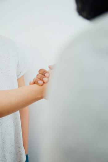 【例】 「いつでも話しかけやすい雰囲気がある」人に憧れるけど、『自分から挨拶しようとする姿勢』が足りない要素・・と確認した場合のアクションプラン:  →挨拶したいと思っている人の名前を覚える(職場の部内の人/子供のクラスの保護者など)  →よく顔を合わせる人には、自分から「○○さん+挨拶」を言えるようにする etc...