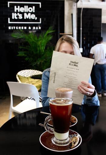 """それでは、""""パリ風""""のお家カフェオープン!  カフェでオーダーをする気分で、気になるメニューレシピを見つけてくださいね♪"""