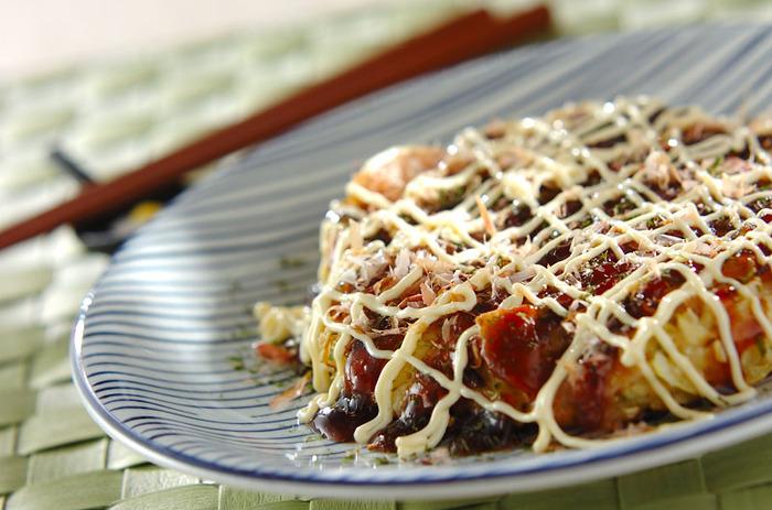 食物繊維たっぷりのキャベツと豆腐を使ってふっくらと仕上げれば、満足できるボリュームに。 フライパンひとつでできるので、お手軽なランチとしても活躍します。