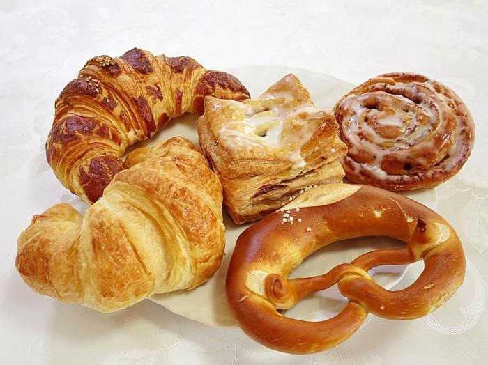 ドイツパンの定番であるプレッツェル、カイザー、ヌスエッケンなどだけではなく、ペストリーなどのデザートパンも購入可能です!