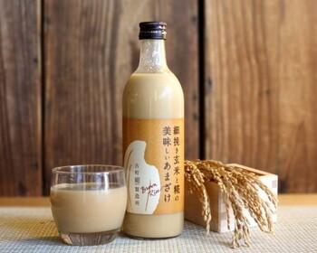 美容と健康を気遣う女性にうれしい、飲む点滴とも言われている甘酒。こちらの甘酒には、丁寧に製粉した玄米粉が原料に使われているので、豊かな甘みの中にも玄米特有の香ばしさを感じることができます。