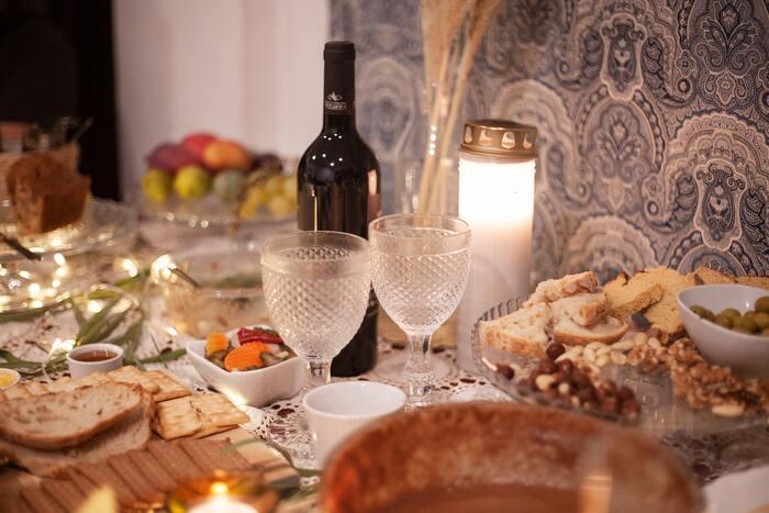 「おうち飲み」に覚えておきたい。お酒と食材のペアリング辞典