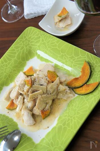 ワインと相性抜群。バケットを添えてクリームソースをつけながらいただいたり、パスタと和えて主食にしたり、色々なアレンジが可能な便利なおかずレシピです。