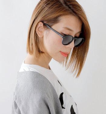 フランス・リヨン出身の3人のデザイナーが立ち上げたリーディンググラスのブランド「IZIPIZI(イジピジ)」。スタイリッシュな見た目だけでなく、99.9%UVカットしてくれる本格派。