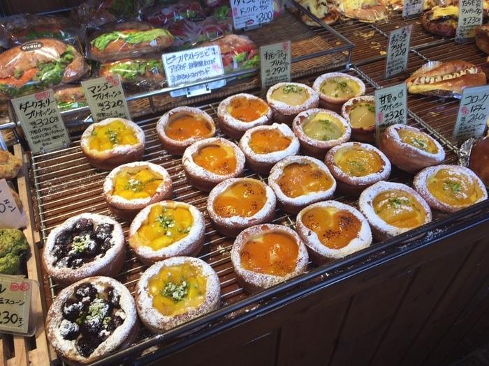 ほかにも、くだものを使ったブリオッシュなどもあり、くだもの好きさんもパン好きさんもうれしくなりますね。