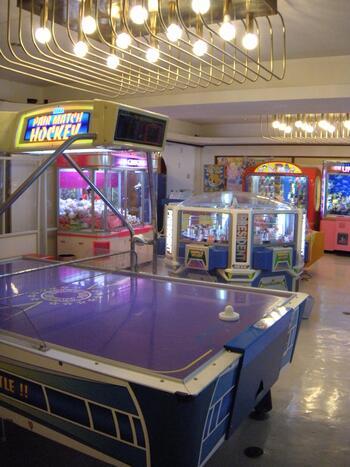 この他にも、ゲームセンター・夜間限定のラーメン屋さん・温泉プール・カラオケルームなど、子供から大人まで楽しめる施設がいろいろ。一泊するだけで楽しい思い出がいっぱいできそうですね!