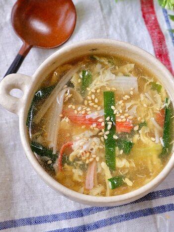 超簡単でスピーディー♪なんと3分で作れる中華スープは彩りも綺麗!ニラ特有の辛味成分「アリシン」には強い殺菌効果や、疲労回復に欠かせないビタミンB1を体内に留めてくれる働きがある他、免疫力を高めてくれると言われています。身体を温める卵スープで健康な身体を作りましょう。