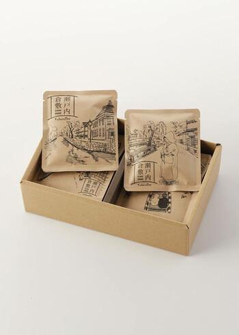 岡山県倉敷市にある「カバコーヒー」はアンティークの焙煎機を使ったちょっと珍しいコーヒー店です。お店独自のストロングブレンドが入ったドリップバッグには、倉敷の風景が繊細に描かれています。