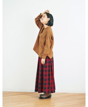 大人の秋コーデ、どう着こなす?年齢・シーン別でみるナチュラルな着こなし