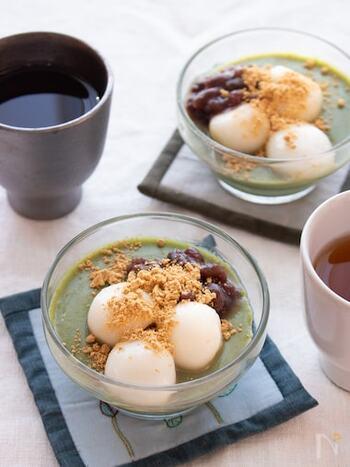 豆乳ベースのヘルシーな和スイーツ。抹茶とあずき、白玉、きな粉は言うまでもなくベストマッチ!お茶と一緒にゆったりとしたおやつタイムを過ごせそう。