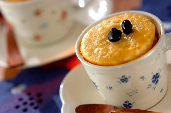 米粉を使ったグルテンフリースイーツ。型がなくても、マグカップで作れるのが嬉しいポイント。ふんわり食感と優しい甘みで、お子さんもきっと喜ぶはず!