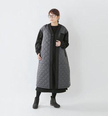 こちらは、キルティングジャケットでおなじみのLAVENHAM(ラベンハム)が50周年記念ということで作られたユニセックスなロングジャケットという珍しいアイテム。女性はオーバーサイズで着ることができるので、インナーに厚手のニットを着たり等とトレンド感のあるさまざまな着こなしを楽しめそう!さらりと羽織るだけでおしゃれにきまります!