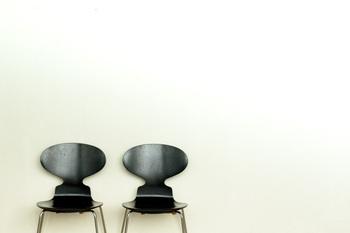 お部屋にひとつ。アクセントとして選びたい「デザイナーズインテリア」特集