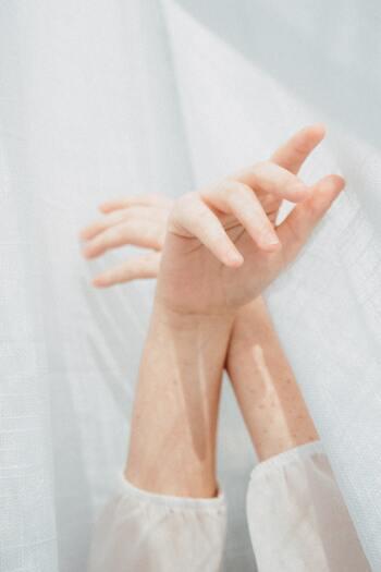心の痛みで苦しんでいるあなたへ。つらい気持ちを和らげる「心の頓服」