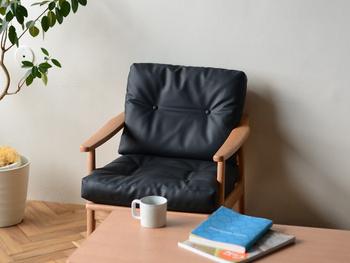 デザイン・機能性・存在感すべてにおいて高いレベルを誇るマルニ60のソファー。日本の老舗メーカー「マルニ木工」の技術が詰まっています。