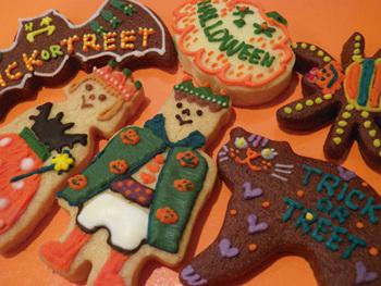ハロウィンやクリスマスなど季節感のあるアイシングクッキーも人気。細部にまでこだわっていて、食べる前にじっくり眺めたくなりますね。