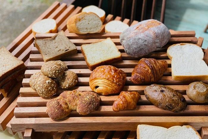 提携パン屋さんもどんどん広がっていて、関東近県から石川県、沖縄県など、自分だけでは実現できないお店との出会いが毎月叶うなんて、パン好きにはたまりませんね*  パンを通して全国を旅するような素敵な体験を、ぜひ。