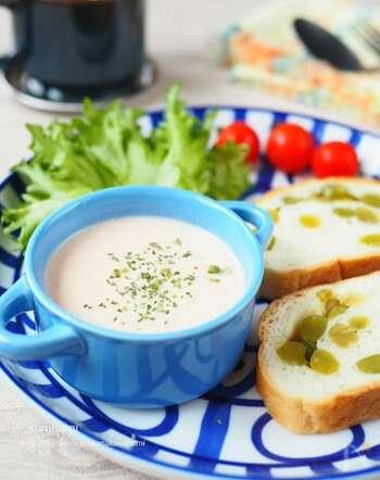 鮭の旨味がギュッと凝縮されたポタージュ。意外と簡単で10分でできちゃうから、朝食のスープにぴったりです。
