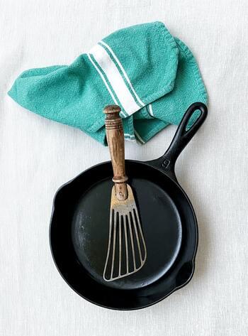 フライパンやレンジで作るカレーレシピは、疲れて帰った日やランチでふとカレーが食べたくなった時に大活躍。ぜひ上手く活用してみましょう!