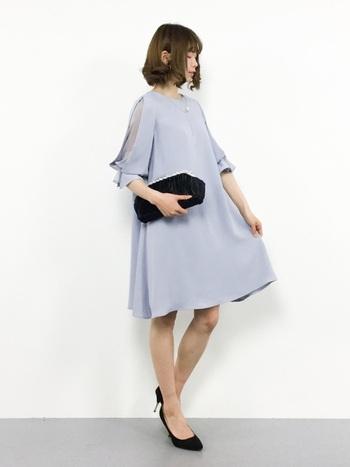 フォーマルな場面でも、ちょっとしたお出掛けにも合う親しみやすいデザイン。体と心にぴったりフィットする、着心地の良いドレスが見つかります。ドレス専用ブランドだからできる、大きなサイズ展開も魅力の1つです。