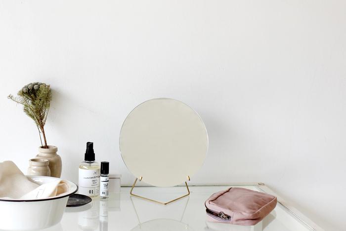 鏡はあなたの味方。心も体もキレイにする「鏡を見る」習慣のすすめ